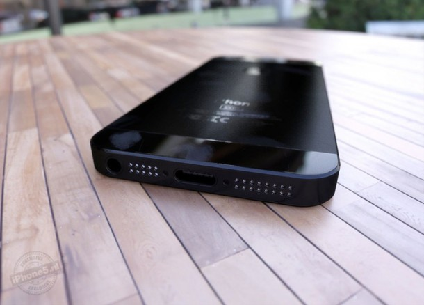 Realistisch iPhone 5 concept (4)